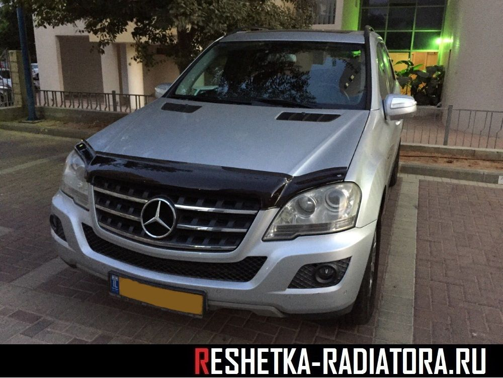 Дефлектор капота EGR Mercedes-Benz ML W164 2005-2011